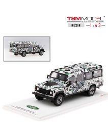 TSM Model 1:43 樹脂模型車 - Land Rover Defender CNN Armoured Defender Pizza Truck