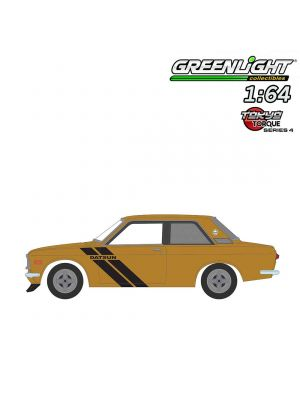 Greenlight 1:64 合金車 - Tokyo Torque S4 1972 Datsun 510 Trans-Am Decor Package Sahari Gold Poly with Black Stripes