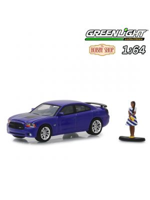 Greenlight 1:64 合金車 - 2013 Dodge Charger Super Bee with Woman in Dress (Hobby Shop s6)